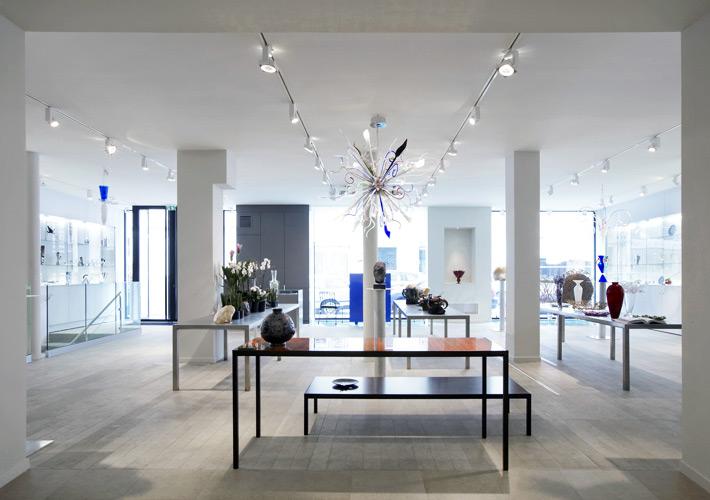 Spread showroom in paris hip gallery spread - Showroom point p paris ...